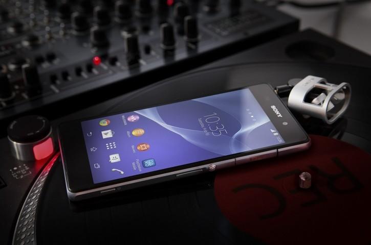 Xperia Z2 promo video