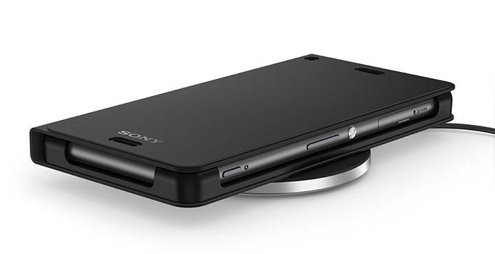 Видео распаковка набора беспроводной зарядки для Xperia Z3