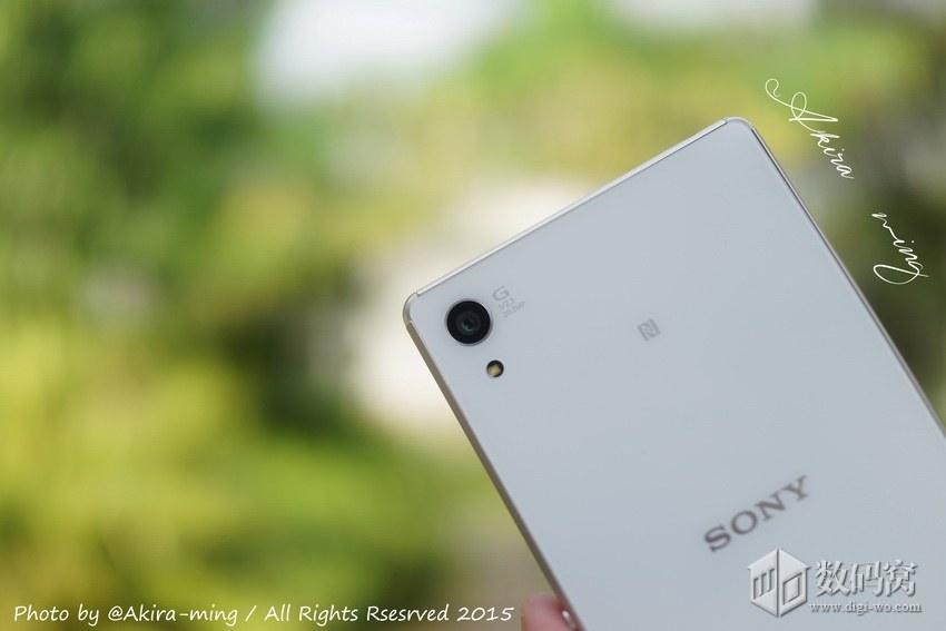 Подборка живых фото Xperia Z3+ белого цвета - камера