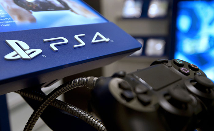 Playstation 4 лидер европейского рынка консолей