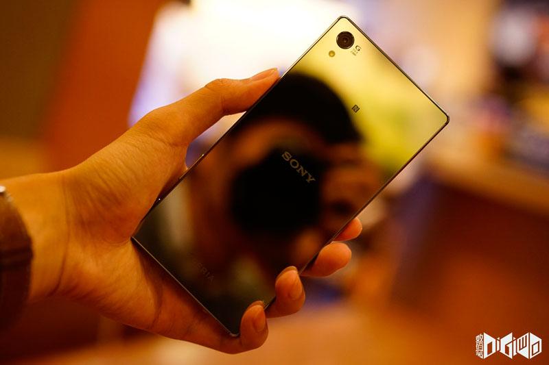 Xperia-Z5-Premium-set-photos-15