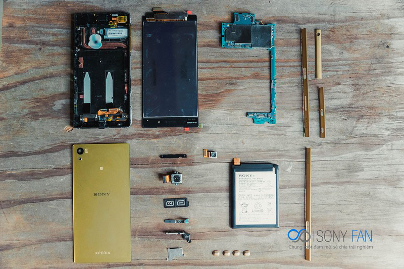 Xperia Z5-how-to-disassemble-13