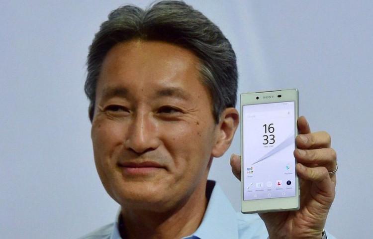 Каз Хираи показывает Xperia Z5