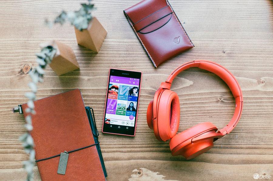 снимки Xperia Z5 Compact кораллового цвета