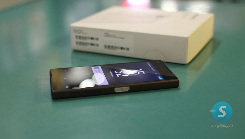 Живые фото Xperia Z5 Compact - экран