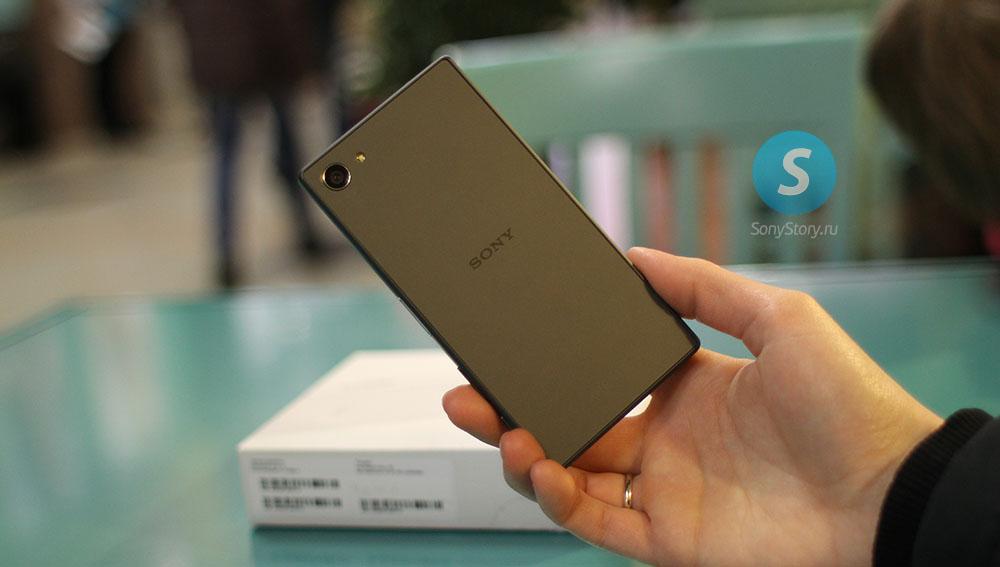 Живые фото Xperia Z5 Compact - задняя панель