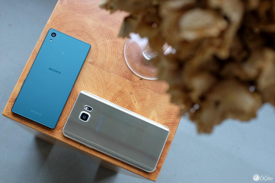 Фото Xperia Z5 bb Galaxy Note 5 камеры
