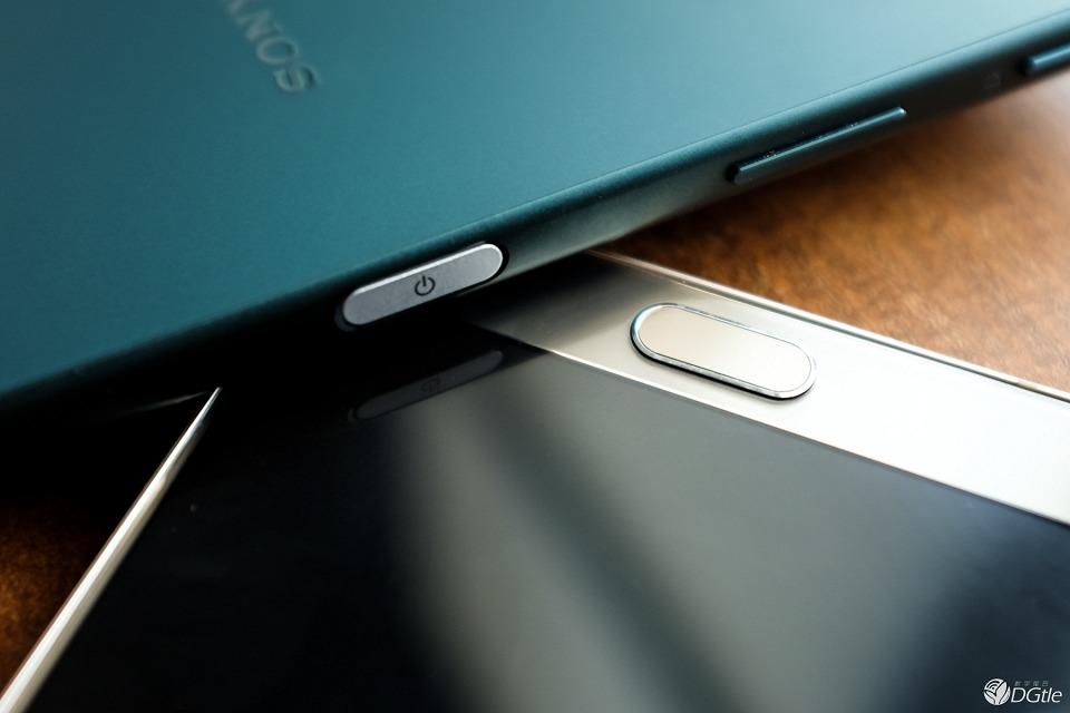 Фото Xperia Z5 против Galaxy Note 5 дактилоскопические датчики