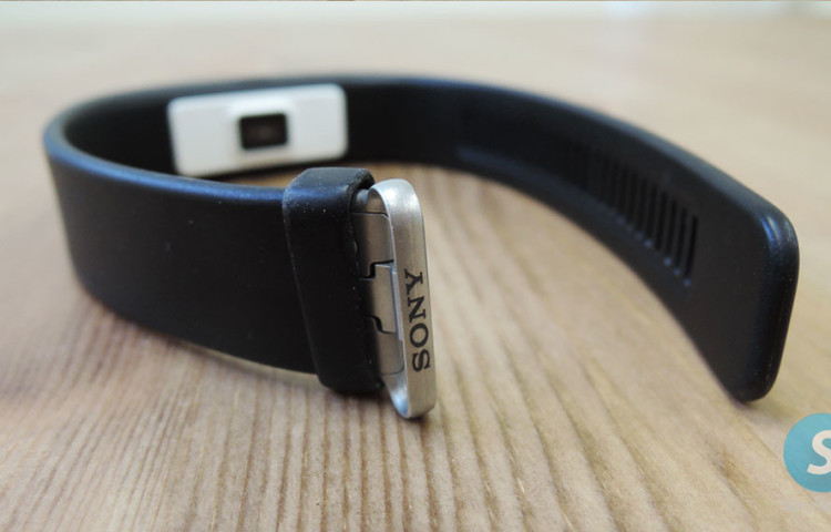 Обзор Sony SmartBand 2 SWR12