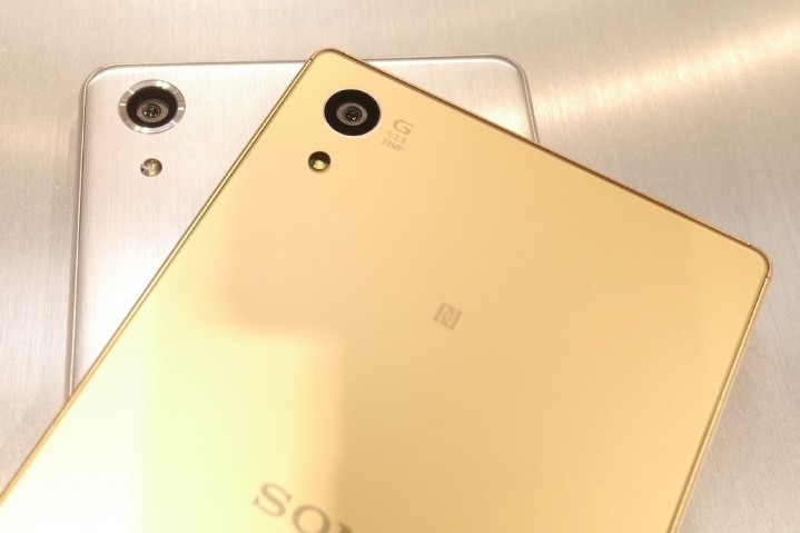Xperia-X-Performance-vs-Xperia-Z5-comparison-4