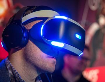 Продажи PlayStation VR и стоит ли брать