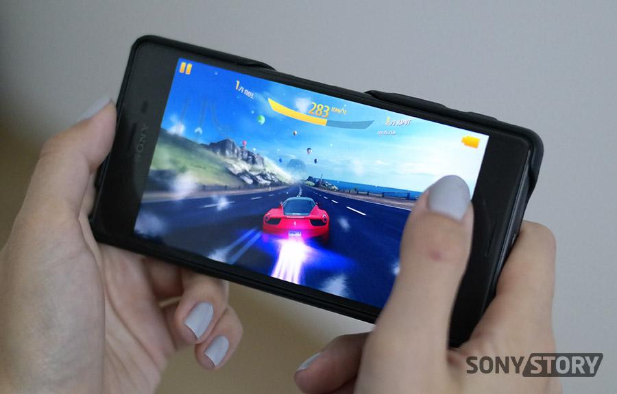 Обзор Xperia X - играть в Asphalt 8