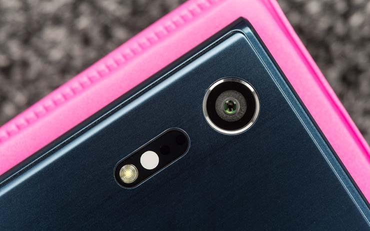 сравнение камер Xperia XZ и Galaxy S7 Edge