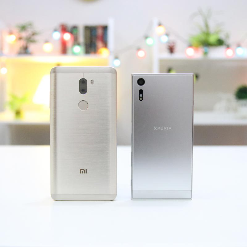 sony-xperia-xz-vs-xiaomi-mi-5s-plus-comparison-1