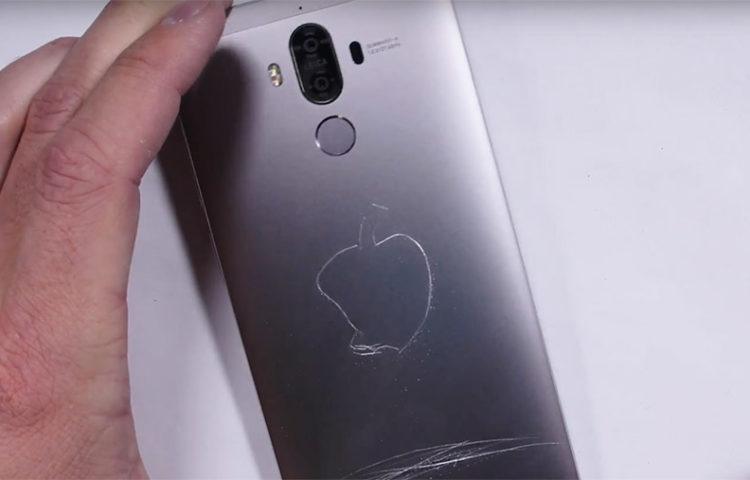 тест на прочность Huawei Mate 9