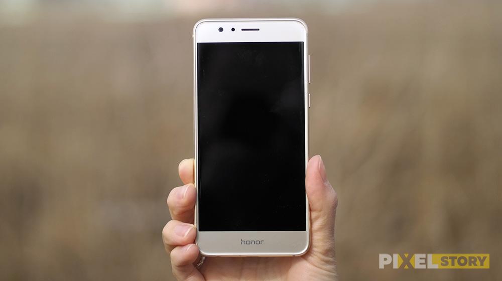 Обзор Huawei Honor 8 - фронтальная сторона
