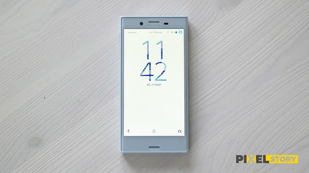 Обзор Sony Xperia X Compact - экран
