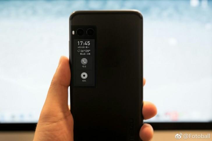 Дизайн Meizu Pro 7 с E-INK экранчиком