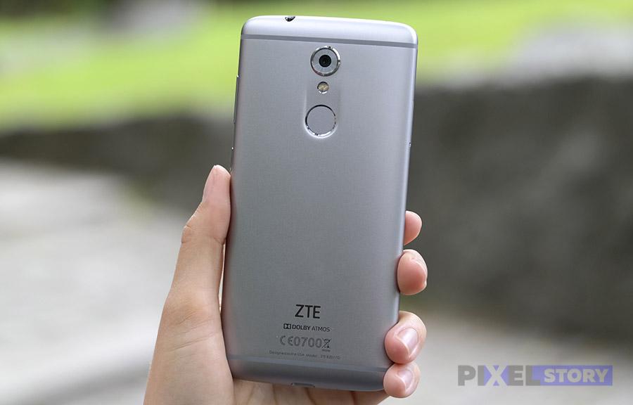 Дизайн ZTE Axon 7 mini