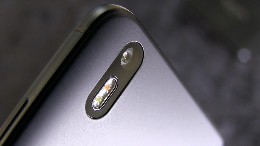 камерофон, BQ Aquaris X Pro