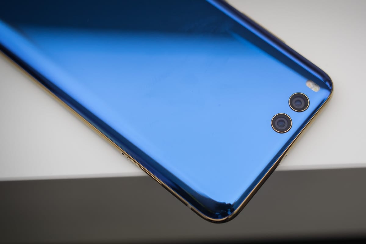 камерофон, Xiaomi Mi6