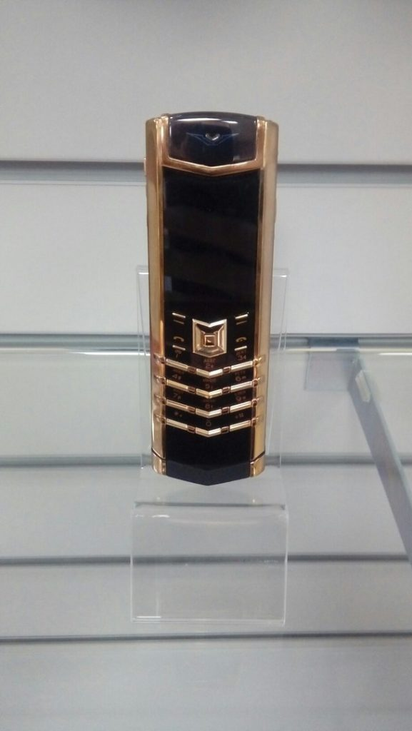 Купить Vertu Signature S Design
