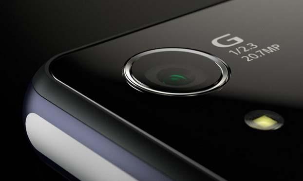 Интерфейс камеры Xperia Z2 в сравнении с текущими флагманами конкурентов
