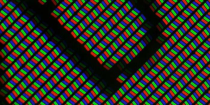 Xperia Z3 Compact: взгляд под микроскопом