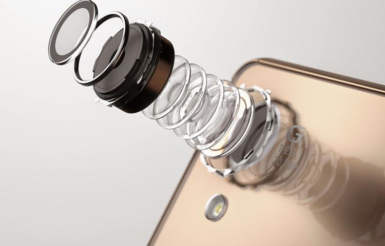 Sony Xperia 2017 - камера со встроенной памятью