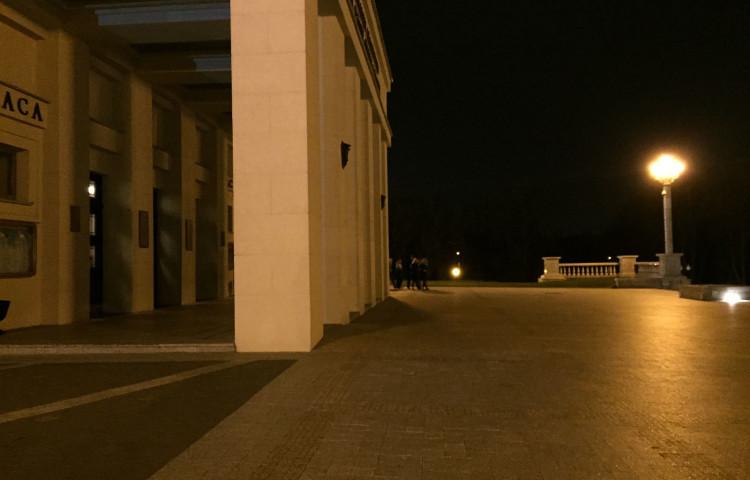 Сравнение камер - Xperia Z3 vs iPhone 6. Ночной сет.