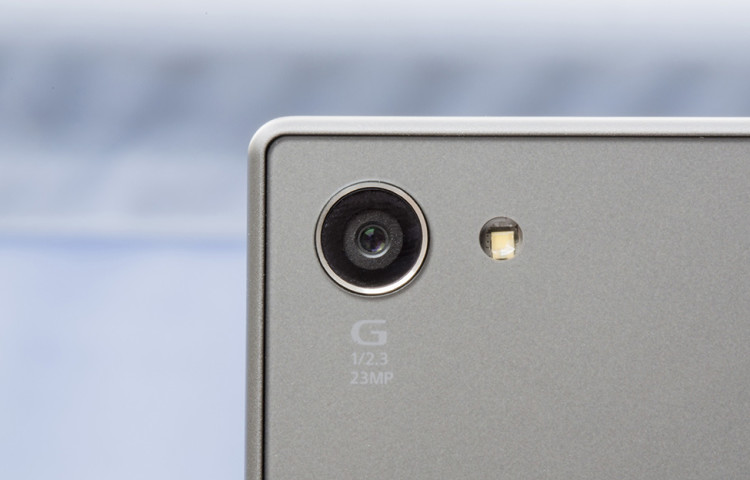 Картинки по запросу xperia z5 compact камера