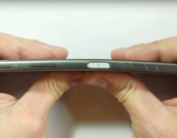 Xperia Z5 Premium тест на прочность