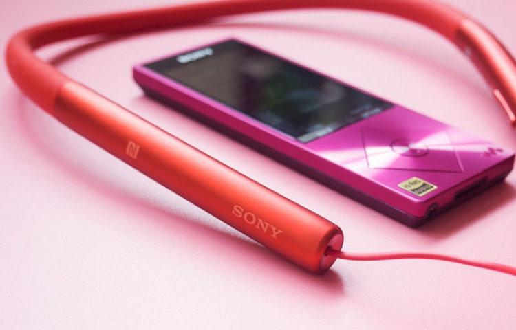 Фото h.ear in Wireless розового цвета