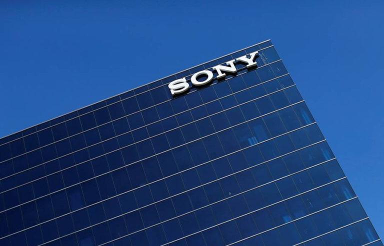 продажи Sony Xperia в 2016 году