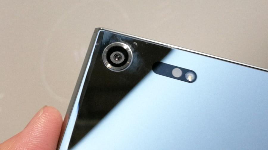 как снимает камера Xperia XZ Premium