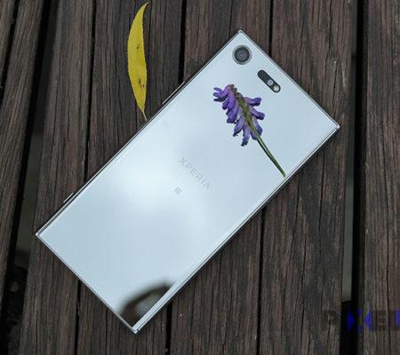 Первые фото безрамочных смартфонов Sony Xperia 2018 года