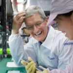 Apple повторно снижает производство iPhone на 10%