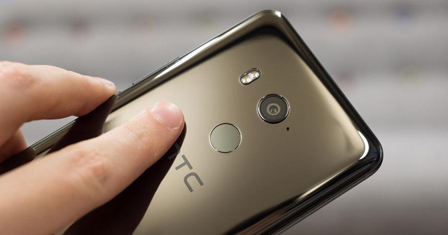 HTC U11 Plus камера