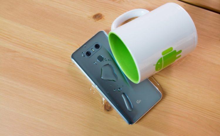 Смартфоны среднего класса с влагозащитой