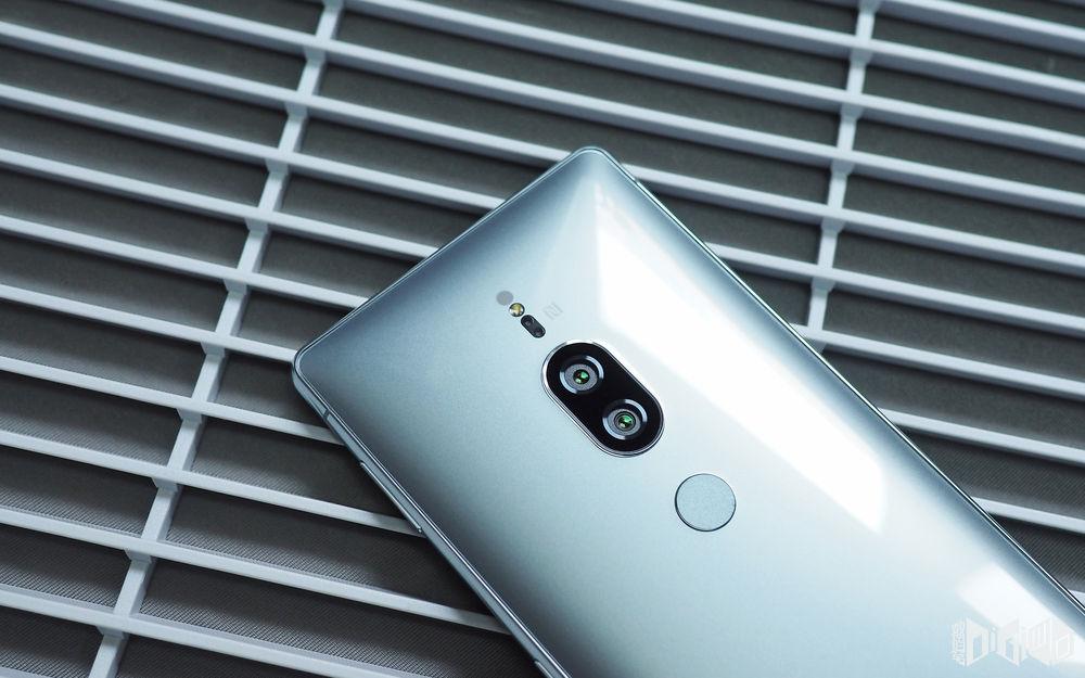 фото Xperia XZ2 Premium