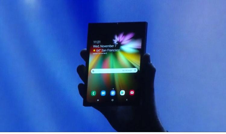 Будут ли популярны гибкие смартфоны через десять лет?
