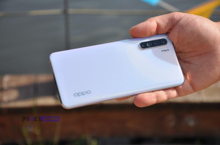 Обзор OPPO Reno 3. Инновации в среднем классе